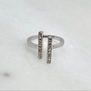 Genuine diamond parallel bar ring sz. 6 & 8 2.4g